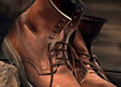 Top 9 Most Comfortable Work Boots 2022 – You'll Love It