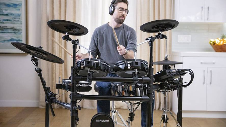 Best Electronic Drum Sets 2022 – TOP 10 (REVIEWS + BUYER'S GUIDE)