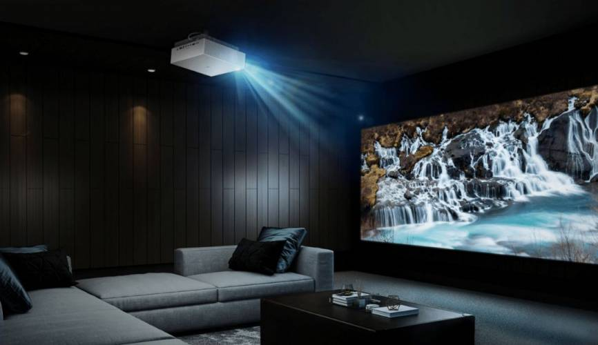 10 Best Projector Under 200 – Highly-Professional, Portable & Durable