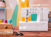8 Best Serger With Coverstitch – High-Performance, Trim Trap And Sturdy